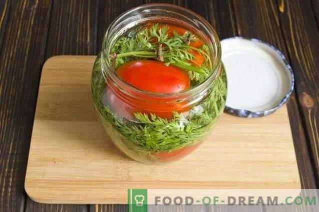 Tomates marinados con aderezo de zanahoria