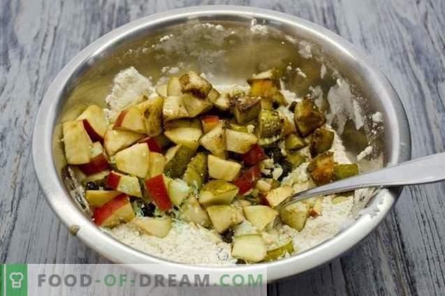 Pastel de frutas con manzanas, peras y nueces
