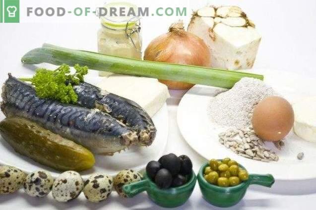 Ensalada de pescado con apio y galletas de harina de centeno