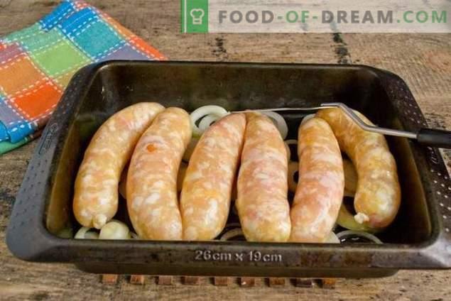Salchichas de pollo al horno con champiñones