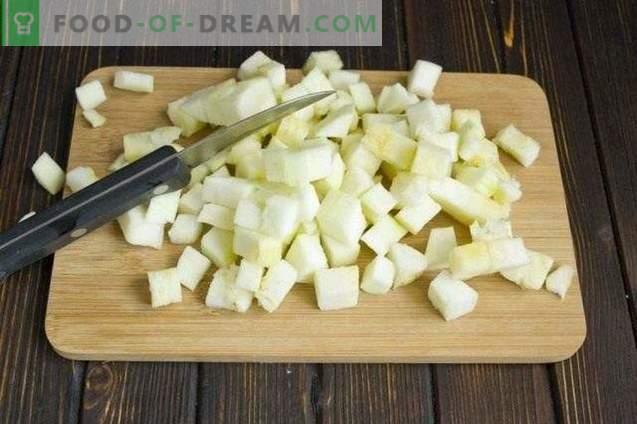 Mushroom cream soup with cream and zucchini