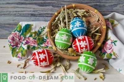 Gražūs Velykų kiaušiniai su savo rankomis