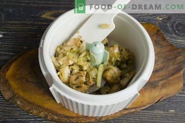 Paté de pollo con pepinillos, cacahuetes y aceitunas