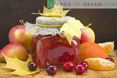 Mermelada de manzana con arándanos y cítricos
