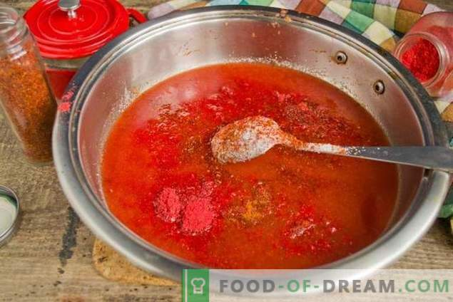 Salsa de tomate casera y ciruelas de invierno