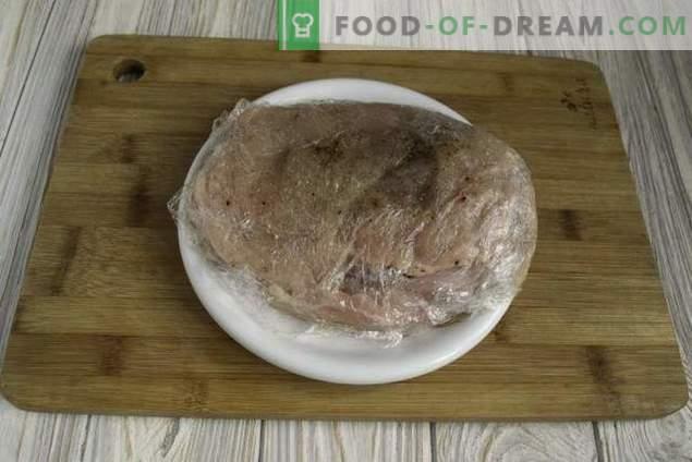 Rollitos de pollo azul Cordon jugoso con salsa bechamel
