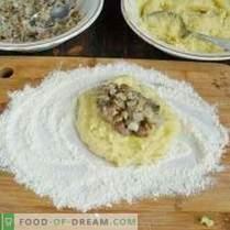 Empanadas de papa con relleno de hongos