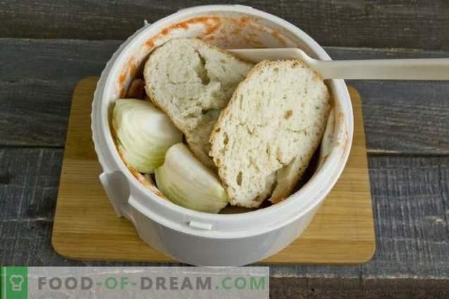 Albóndigas con tomate y salsa de pimiento dulce
