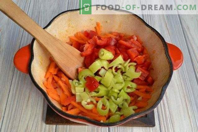 Sopa de calabaza con pimientos y papas