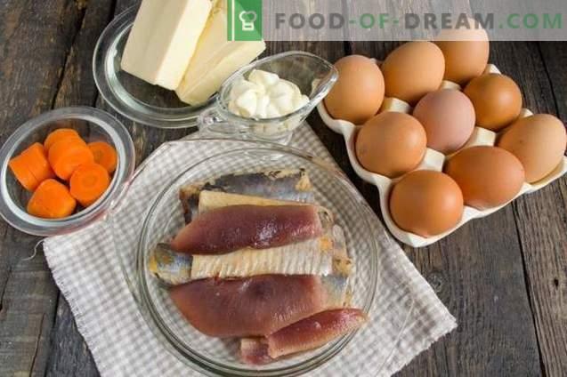 Huevos rellenos de arenque y queso fundido