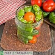 Pepinos en vinagre con tomates - verano surtidos para el invierno