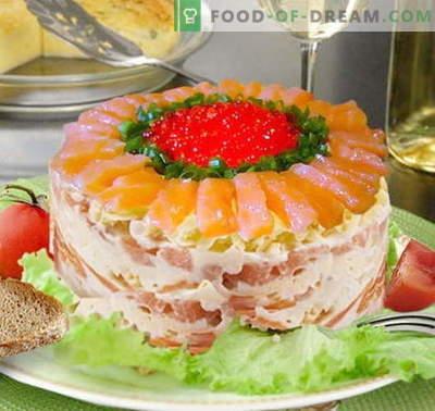 Ensalada del zar con salmón - las recetas correctas. Rápida y sabrosa cocina real de ensalada con salmón.