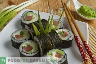 Maki de sushi con pescado rojo