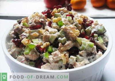 Ensalada de pollo con ciruelas pasas - las mejores recetas. Cómo cocinar adecuadamente y sabrosa ensalada de pollo con ciruelas.