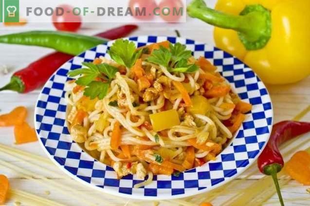 Espaguetis con pollo y verduras