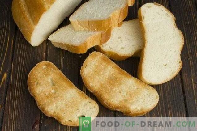 Sándwiches con chuleta de pollo y queso mozzarella al horno