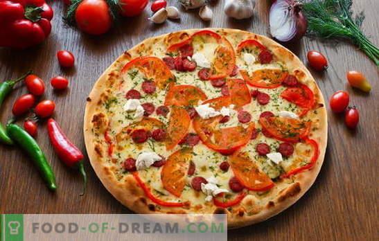 Pizza de Pepperoni: variaciones de delicioso pastel italiano. Las mejores recetas de pizza de pepperoni con salami, mozzarella, tomates