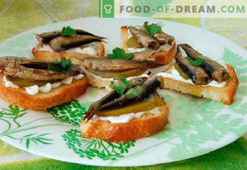Los sándwiches de espadín son las mejores recetas. Cómo cocinar rápidamente y sabrosos sándwiches con espadines.