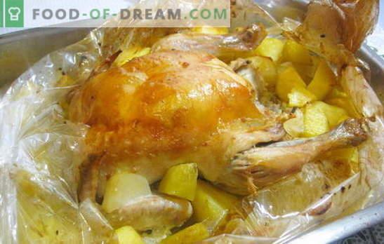 ¡Un pollo en una manga con papas en el horno es súper fácil! Recetas de pollo en la manga con papas en el horno entero y rebanadas