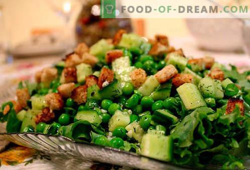 Ensaladas con guisantes enlatados - las cinco mejores recetas. Cómo preparar de forma adecuada y deliciosa las ensaladas con guisantes enlatados.
