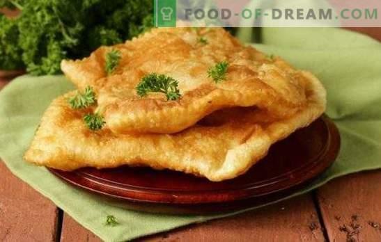 Chebureks hojaldre - pasteles crujientes. Chebureks de hojaldre con carne, champiñones, queso, jamón o requesón