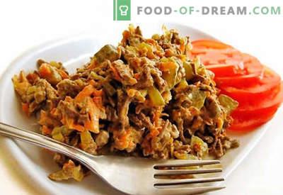 Ensalada de hígado de res - recetas probadas. Cómo cocinar ensalada de hígado de res.