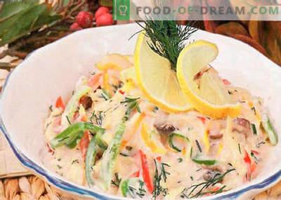 Ensalada con champiñones fritos - las mejores recetas. Cómo cocinar correctamente y sabroso cocinar una ensalada de champiñones fritos.
