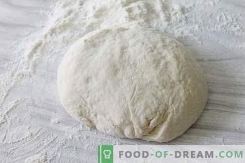 Horneamos un pan italiano único con mantequilla. Ideal para bocadillos y tostadas!