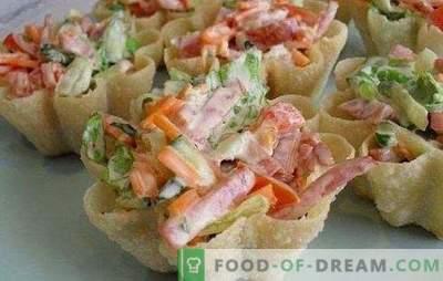 Insalata con carote e salsiccia - combiniamo gustoso, sano e bello. Le migliori ricette per insalate con carote e salsicce