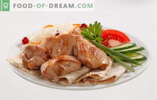 Piernas de pollo en una olla de cocción lenta - un almuerzo abundante sin mucho esfuerzo. Recetas de muslos de pollo en un multicooker con champiñones, verduras, salsa de crema agria y otros