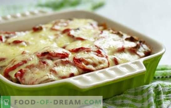 Cazuela de papas con carne picada y tomates: ¡un plato jugoso! Cocinar cazuelas sencillas de patata con carne picada y tomates