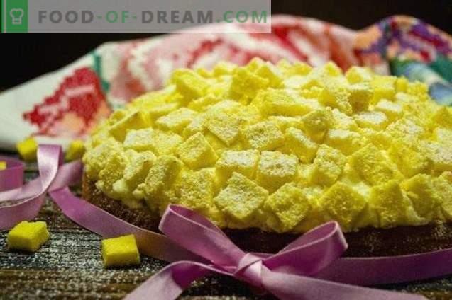Pastel italiano de mimosa
