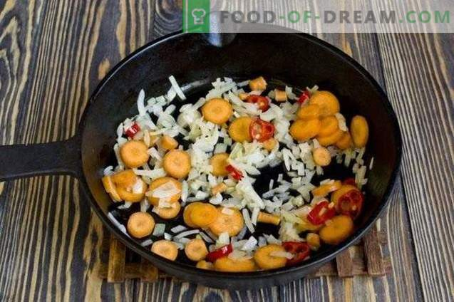 Berenjenas con zanahorias - ensalada de verduras para el invierno