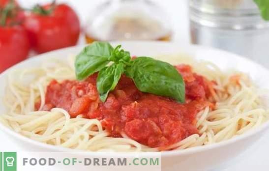 Salsa de tomate para espaguetis: la mejor manera de diversificar un plato simple. Una selección de las mejores recetas de salsa de tomate para espaguetis