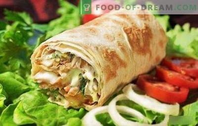 Shawarma with chicken in pita bread: cooking homemade fast food step by step! Selection of the best chicken shawarma recipes (step by step and in detail)