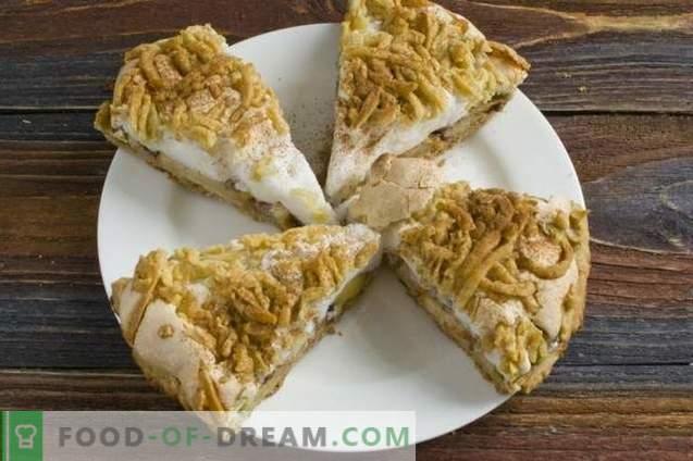 Tarta de manzana arenosa con merengue