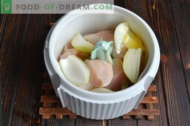 Albóndigas de pollo al vapor con salsa