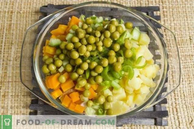 Ensalada con pechuga de pollo ahumada y verduras