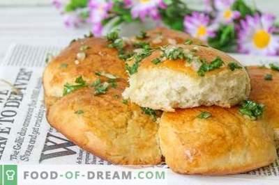 Empanadillas con ajo: ¡el mejor servicio para borsch o sopa!