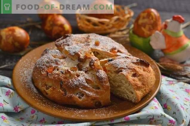 Pascua Pascua pastel con queso cottage y frutas confitadas