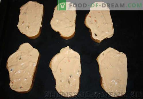 Sándwiches calientes: una receta con fotos y una descripción paso a paso.