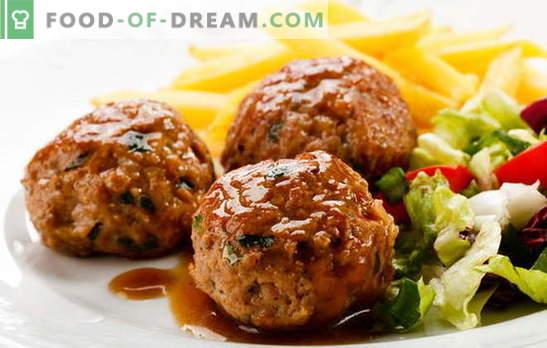 Chuletas en el horno con salsa - ¡mata dos pájaros de un tiro! Diferentes recetas y métodos de cocinar chuletas en el horno con salsa