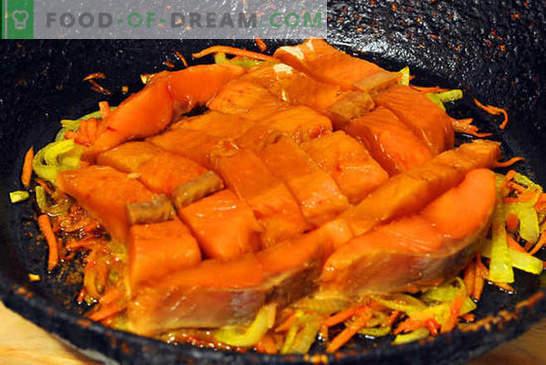 Salmón rosado con zanahorias y cebollas: ¡es fácil! Receta fotográfica paso a paso, instrucciones para cocinar salmón rosado con zanahorias y cebollas