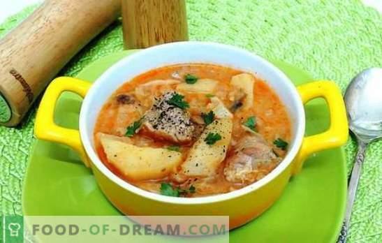 Patatas asadas con cerdo en una olla de cocción lenta - ¡sí! Guisos, guisos y papas rellenas con cerdo en una olla de cocción lenta
