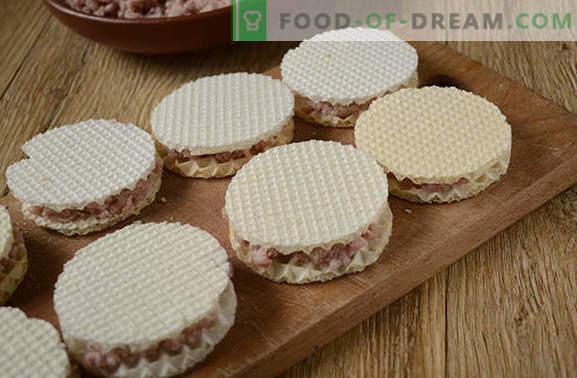Chuletas perezosas en gofres: foto-receta paso a paso del autor. Experimento culinario inusual - jugosas chuletas picadas en waffles