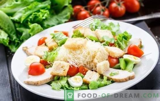 Ensalada César: Una receta clásica, paso a paso, para un plato ligero. Cocinando la clásica ensalada César con su salsa favorita para recetas paso a paso