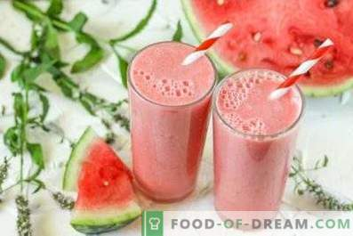 Smoothies pepene verde